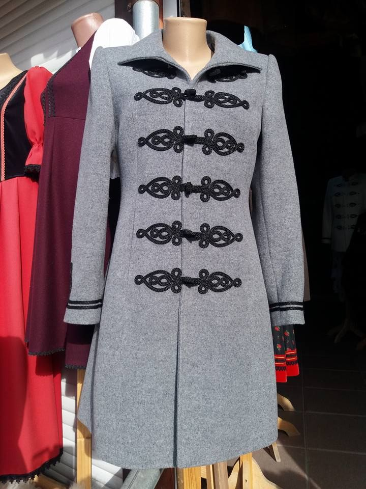 53aa49ba80 Bocskai zsinorozású női karcsúsitott kabát szürke - Korondi kerámiák ...